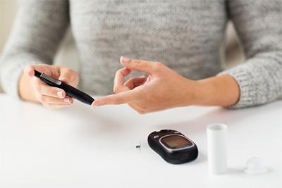 Какая допустимая норма сахара в крови у мужчин и женщин : SaxarVNorme