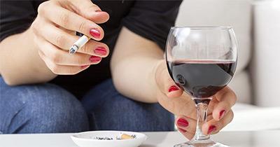 Причины и симптомы скачков сахара за пределы нормы у женщин